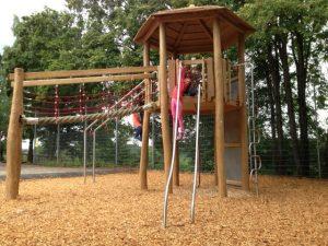 Klettergerüst Untergrund : Neues klettergerüst u wasenäckerschule